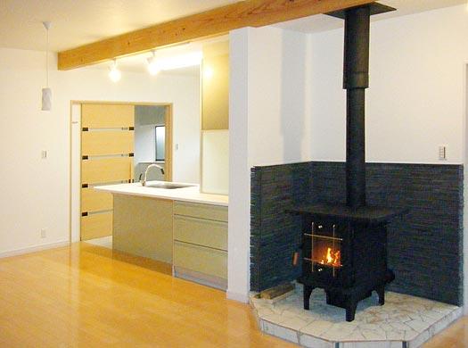 リフォーム キッチンと暖炉
