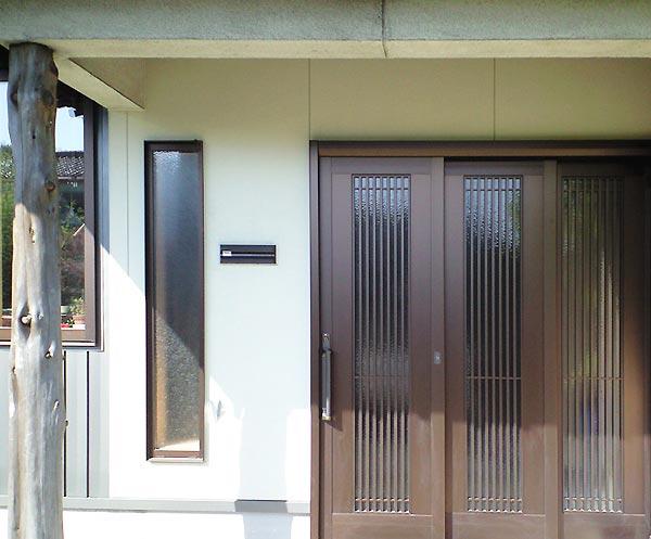 沢田工務店のリフォーム 玄関前